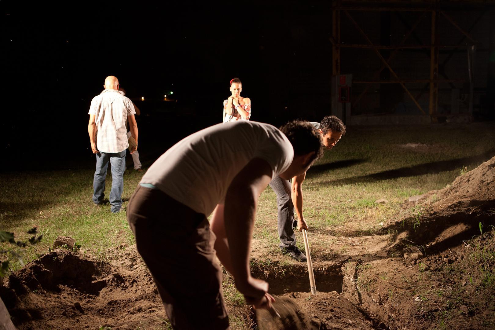 PB scena sepoltura-bar_09